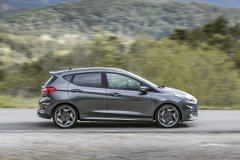2018FordFiesta_MAGNETIC_ST_14