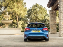 2018_FORD_FOCUS_DRIVE_ST-LINE__08