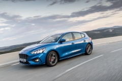 2018_FORD_FOCUS_DRIVE_ST-LINE__10