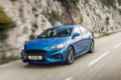 2018_FORD_FOCUS_DRIVE_ST-LINE__13