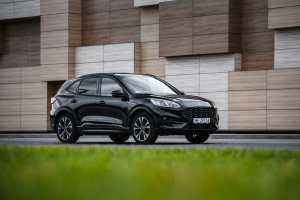 2020 Ford Kuga FHEV - Polska