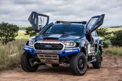 Ford-Castrol-Cross-Country-Team-Neil-Woolridge-Motorsport-FIA-Ford-Ranger-Exterior-002-Front-Three-Quarters