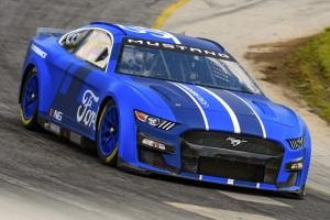 Nowa generacja Mustanga w NASCAR - zdjęcia do pobrania
